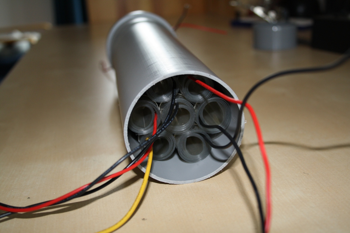 capacitor side view