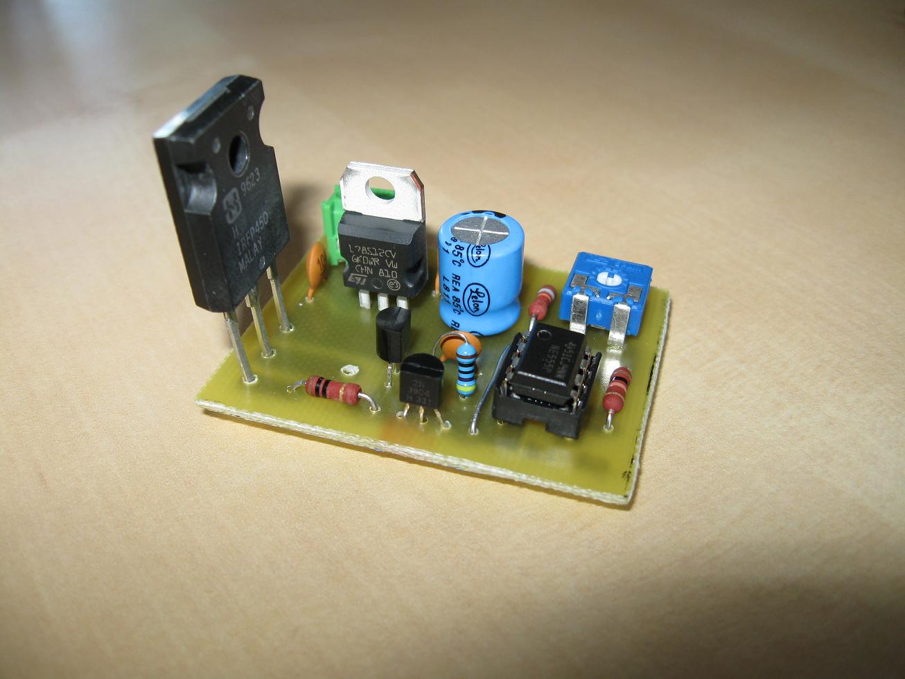 Uzzors2k Hobby Projects Site Circuit Diagram Power Supply For An Ne555 Populated Pcb