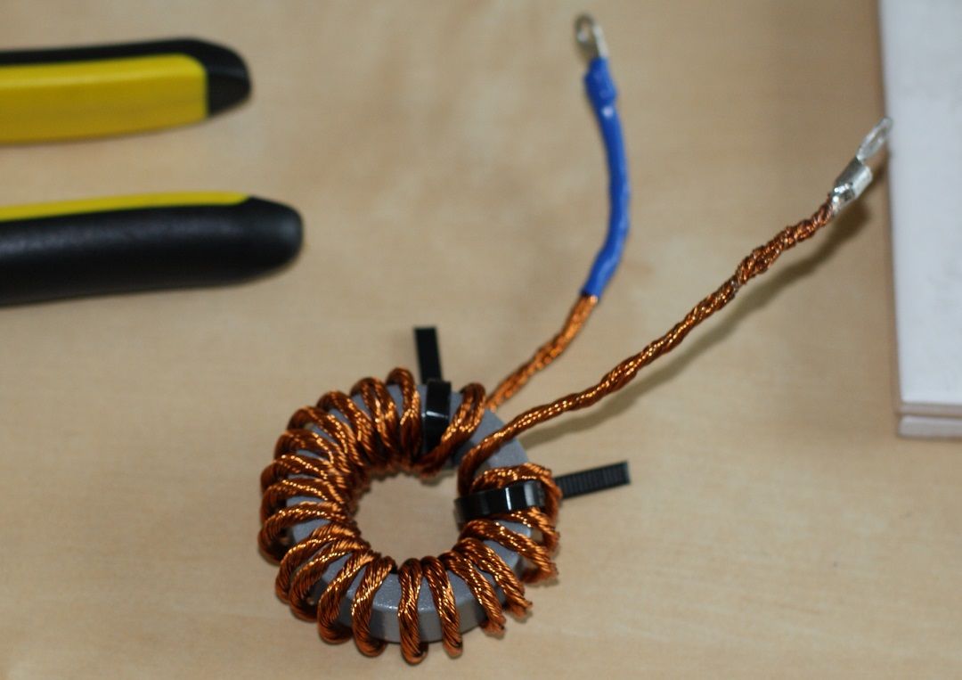 Matching transformer with Litz wire